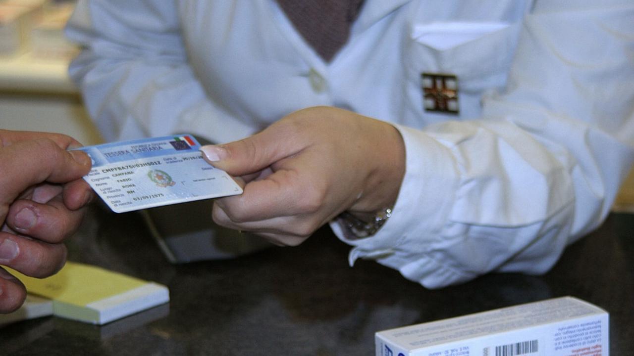 tessera sanitaria farmacia